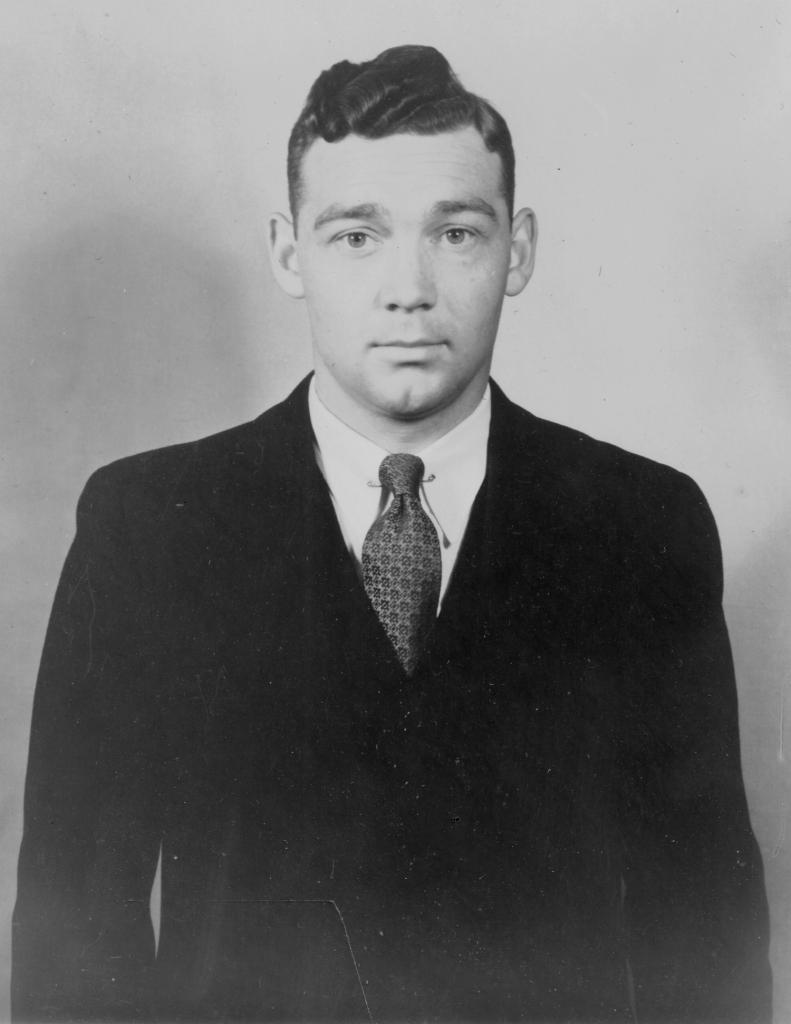 Dr. Douglas Kelley
