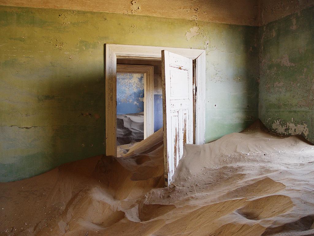 Kolmanskop House _ Wikipedia.jpg