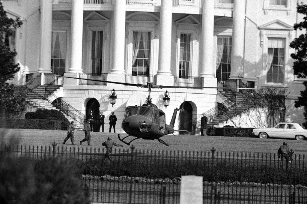 Robert K. Preston lands a Heuy on the White House lawn